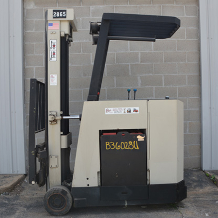 1992 Electric Counterbalanced Standup 40RCTTS forklift